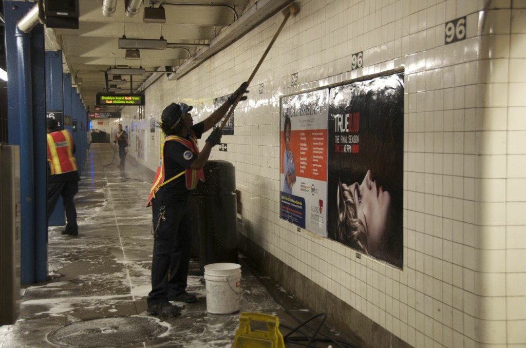 cleaning-the-subway